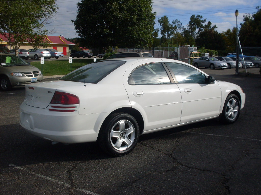 Luisrideauto 2003 Dodge Stratus Sxt 4 Door Sedan 2 4