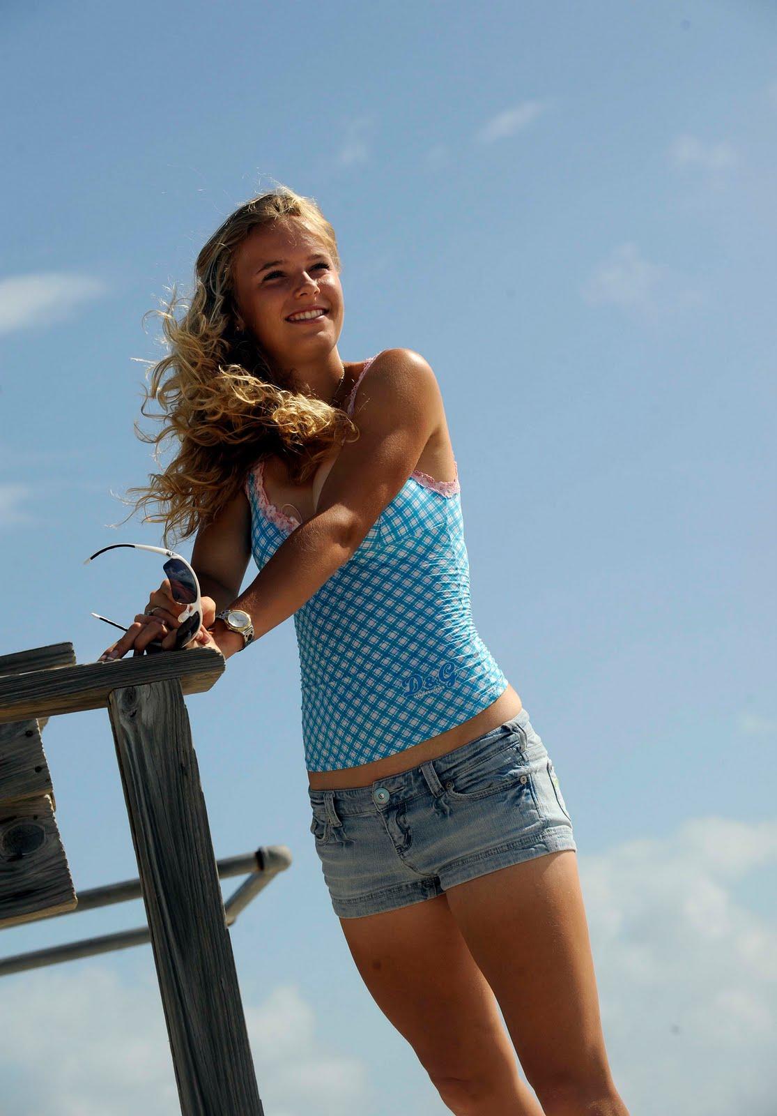 latest caroline wozniacki hot - photo #34