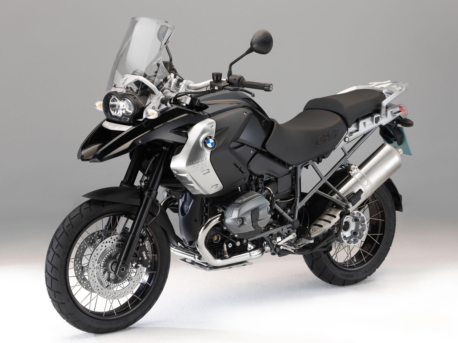 Accident Lawyers Info. 2011 BMW R1200GS Triple Black