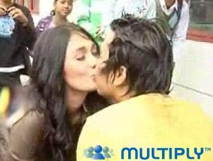http://4.bp.blogspot.com/_StebBjUpObo/SgB0x8sOHxI/AAAAAAAAAb8/56zLvyXggcE/s400/luna+maya+kiss.jpg