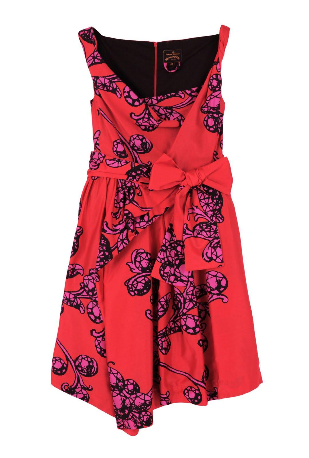 http://4.bp.blogspot.com/_StfQ_dy7LhQ/TCIer7iQJ3I/AAAAAAAAHOU/9hP_Z6THT8A/s1600/Vivienne+Westwood+Anglomania+Friday+Paper+Jewellery+Dress.jpg