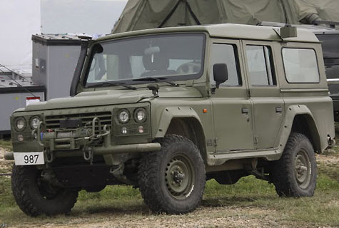 [Land_Rover_Defender.jpg]