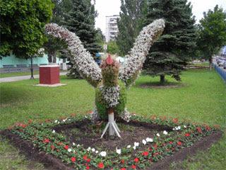 Птичка из цветов