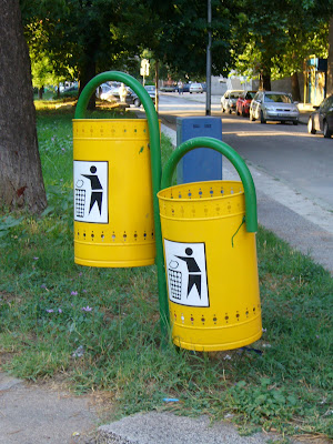 Litter Bins in Yambol