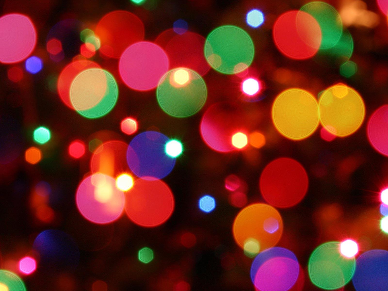 http://4.bp.blogspot.com/_Swdagql_Y-k/TPsCJfN5DrI/AAAAAAAAAFQ/jzE-bZQZYw8/s1600/3-christmas_wallpaper_-_lights.jpg