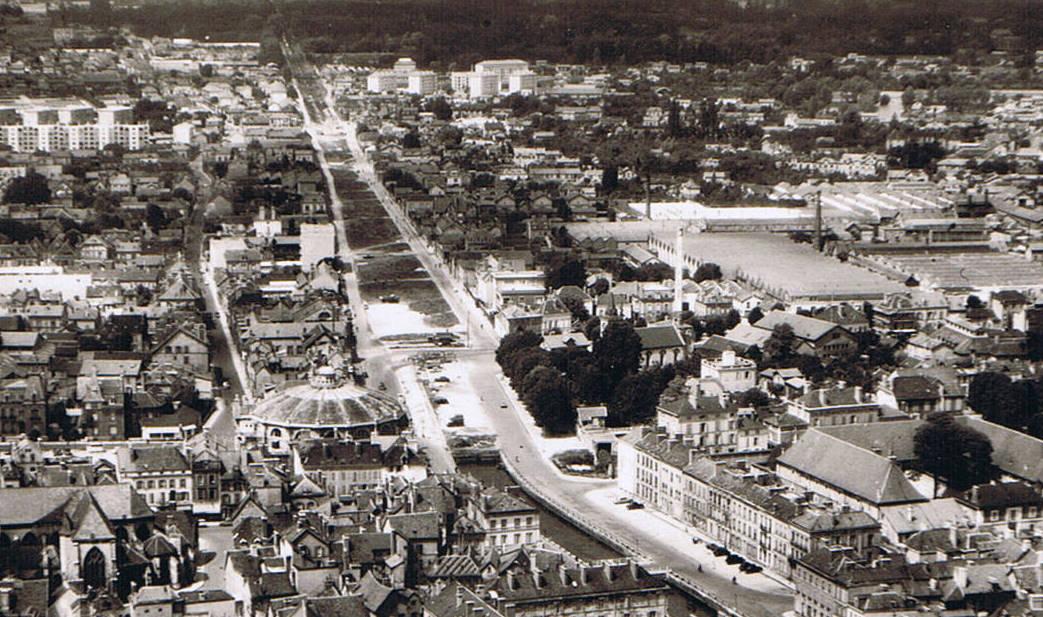 Bonneterie Troyes Canal de la Haute Seine