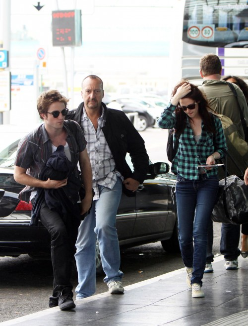 kristen stewart and robert pattinson married in real life. 2011 Robert Pattinson, Kristen