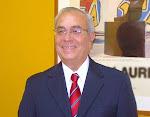 Dr ENRIQUE RAVELO.
