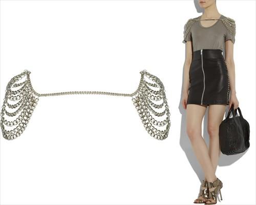 Gaya bagus mudel 2011: Corrente nos ombros Cheryl Cole Facebook