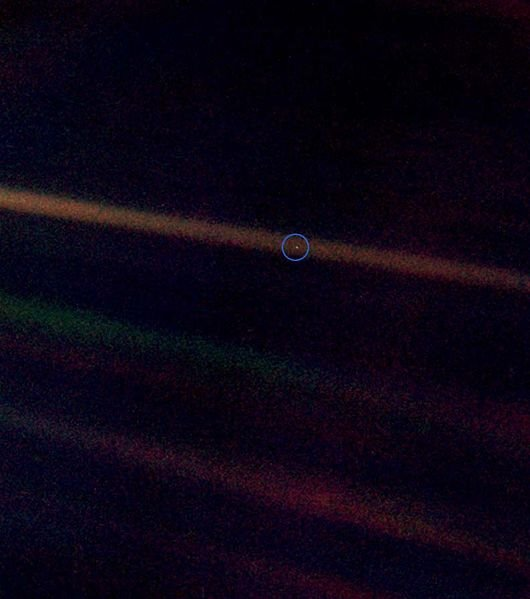 Un Pallido Punto Blu. A Pale Blue Dot