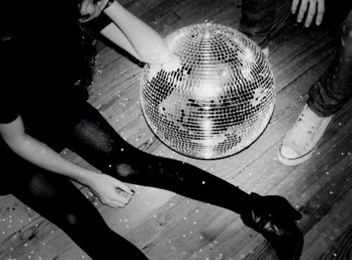 [disco+ball]
