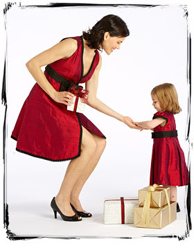 Matching Mother Daughter Holiday Dresses 25