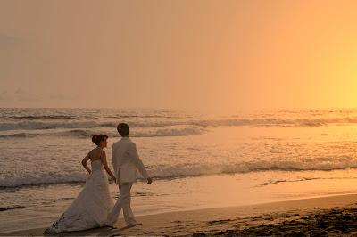 http://4.bp.blogspot.com/_T2QtqzOIvR4/TTfjUpmjqyI/AAAAAAAAACI/3ft9e-z111c/s1600/sunset1.jpg