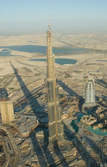 La revue de presse d 39 adafec burj dubai la tour la plus haute du monde - Hauteur de la tour la plus haute du monde ...