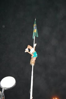 Brazilian flag urban pole dance
