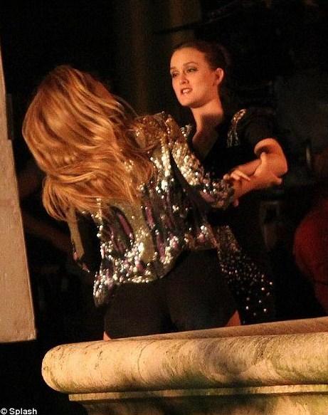 Ver Gossip Girl 2x21 online en castellano latino