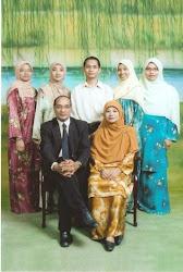 Keluarga Bahagia.. =)