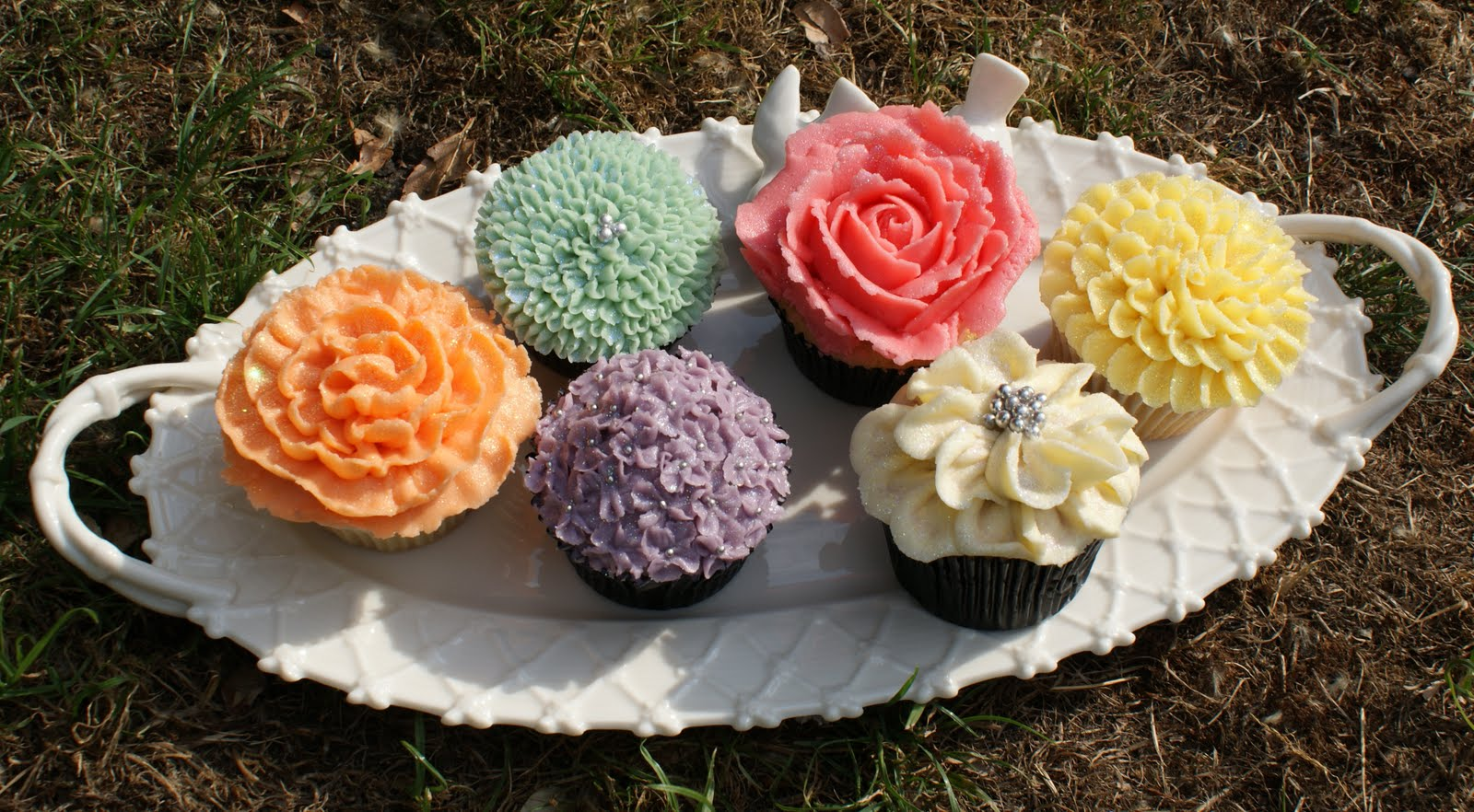 Flower Cupcakes Recipe — Dishmaps