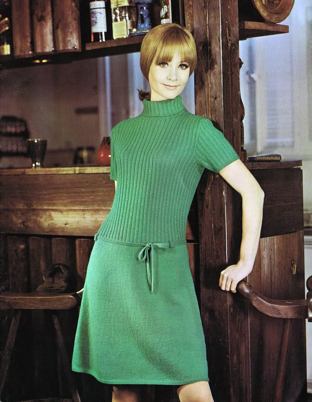 Modern 1960s Fashion Classic from the 1960s (no