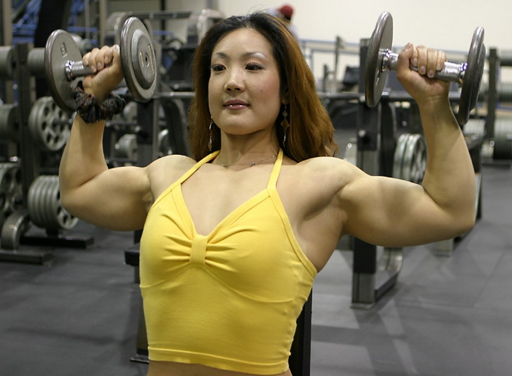 Female Fitness and Bodybuilding Beauties: Xin Li Cao