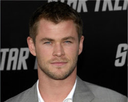Chris Hemsworth is so hot