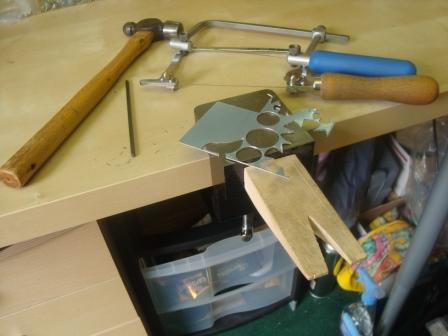 adjustable saw frame and spiral blade how to use