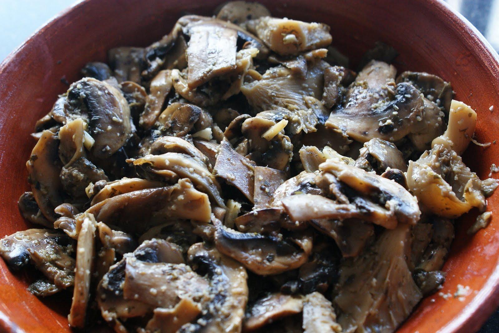 La cocina de ver nika champi ones y setas al ajillo - Setas cultivadas al ajillo ...