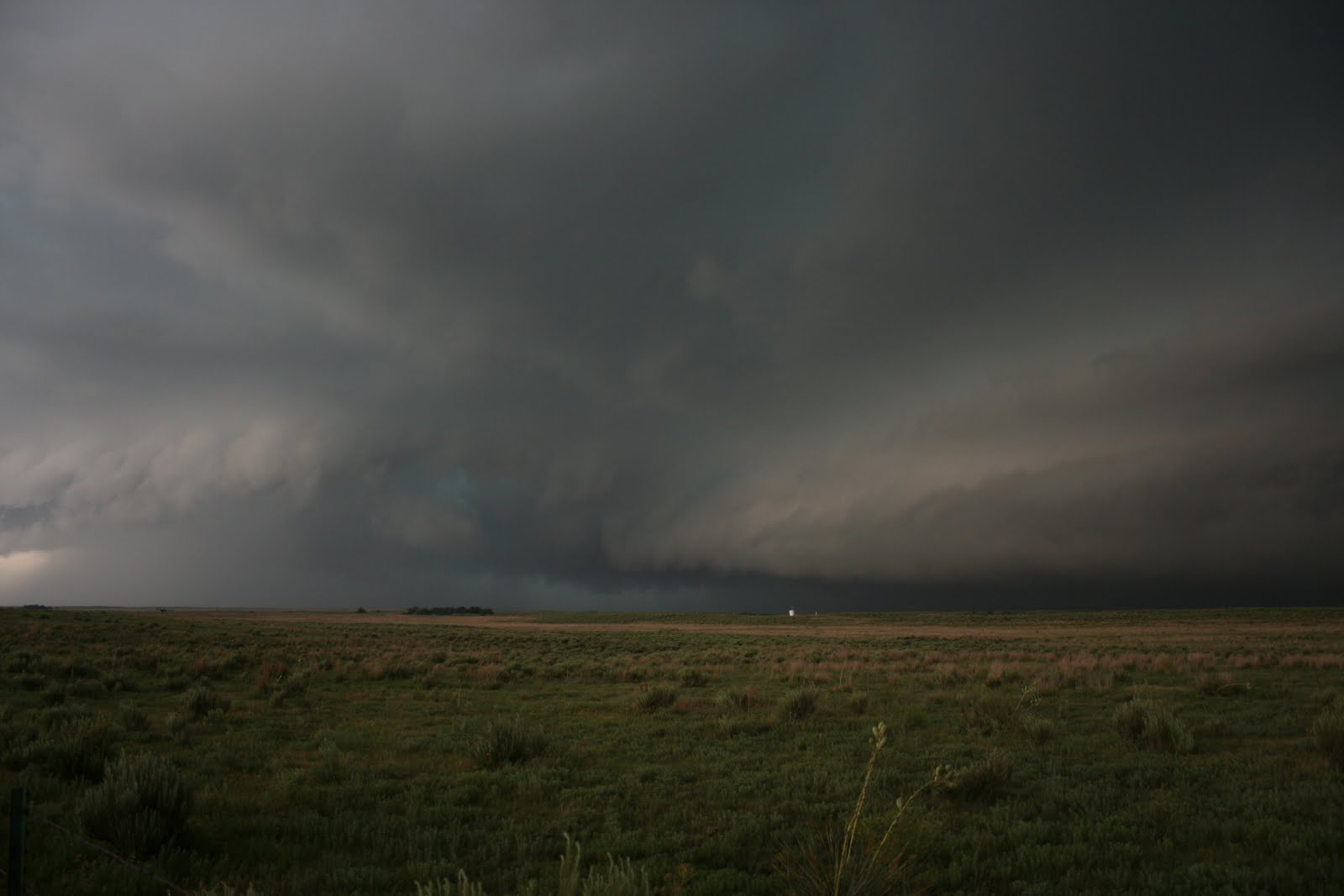 Supercell Tornado Named the slapout tornado Non Supercell Tornado