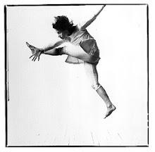 """""""Una revolución que no permita bailar no es merecedora de luchar por ella"""" Enma Goldman"""