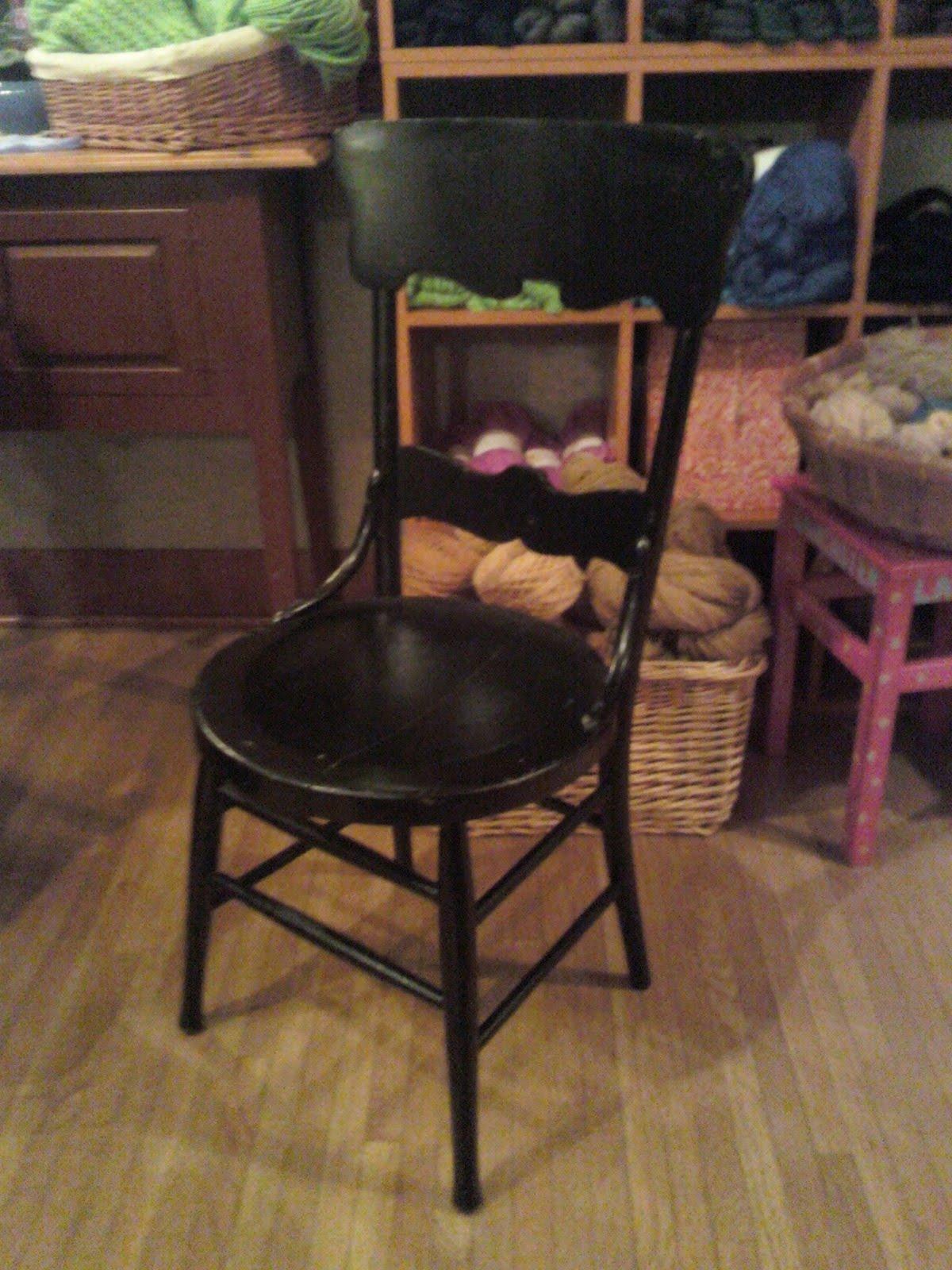 [forlorn+chair.JPG]