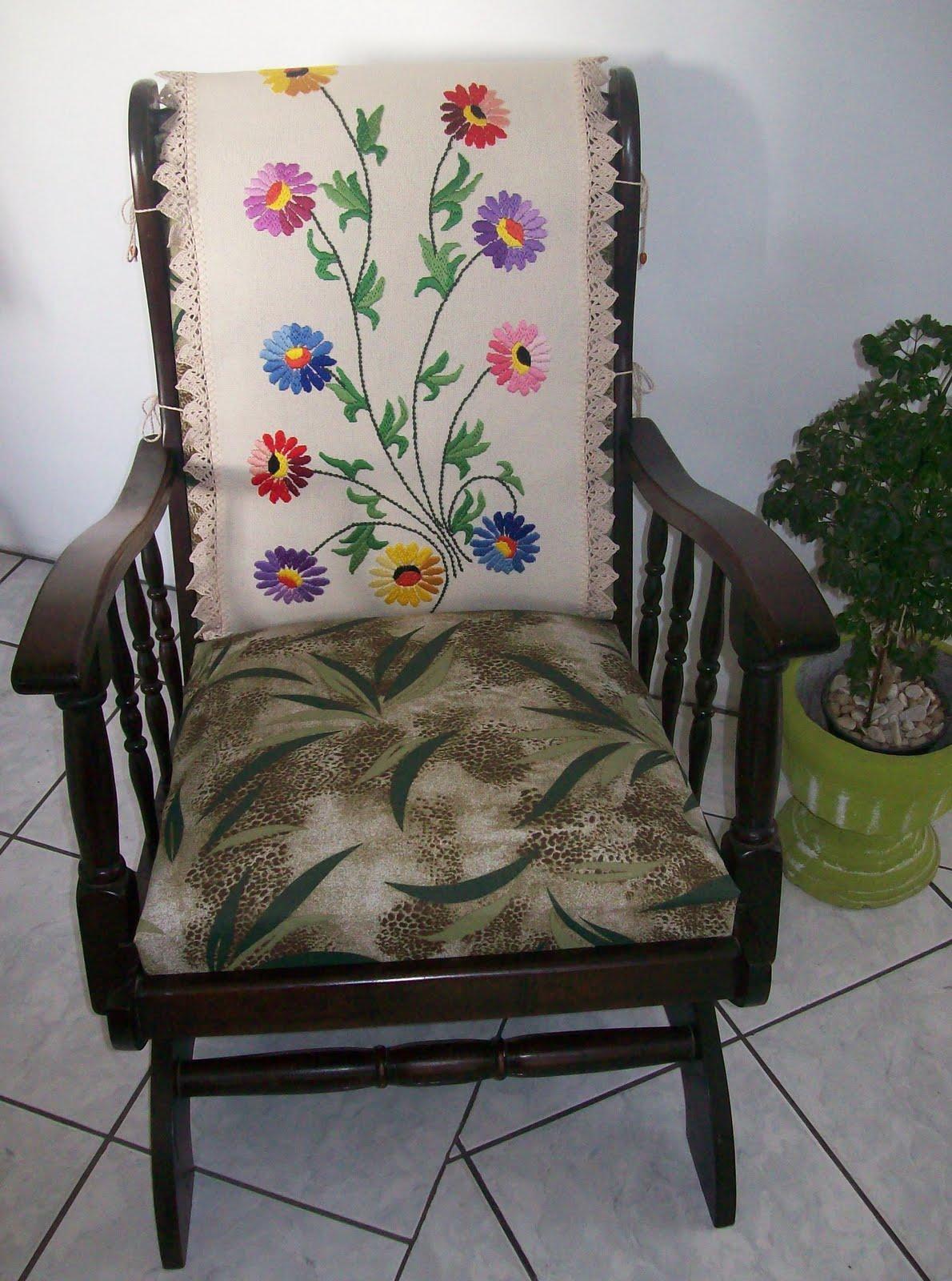 FELIZ DIA DA VOVÓ !!! Cadeira de Balanço especialmente para ela #4B6037 1190x1600