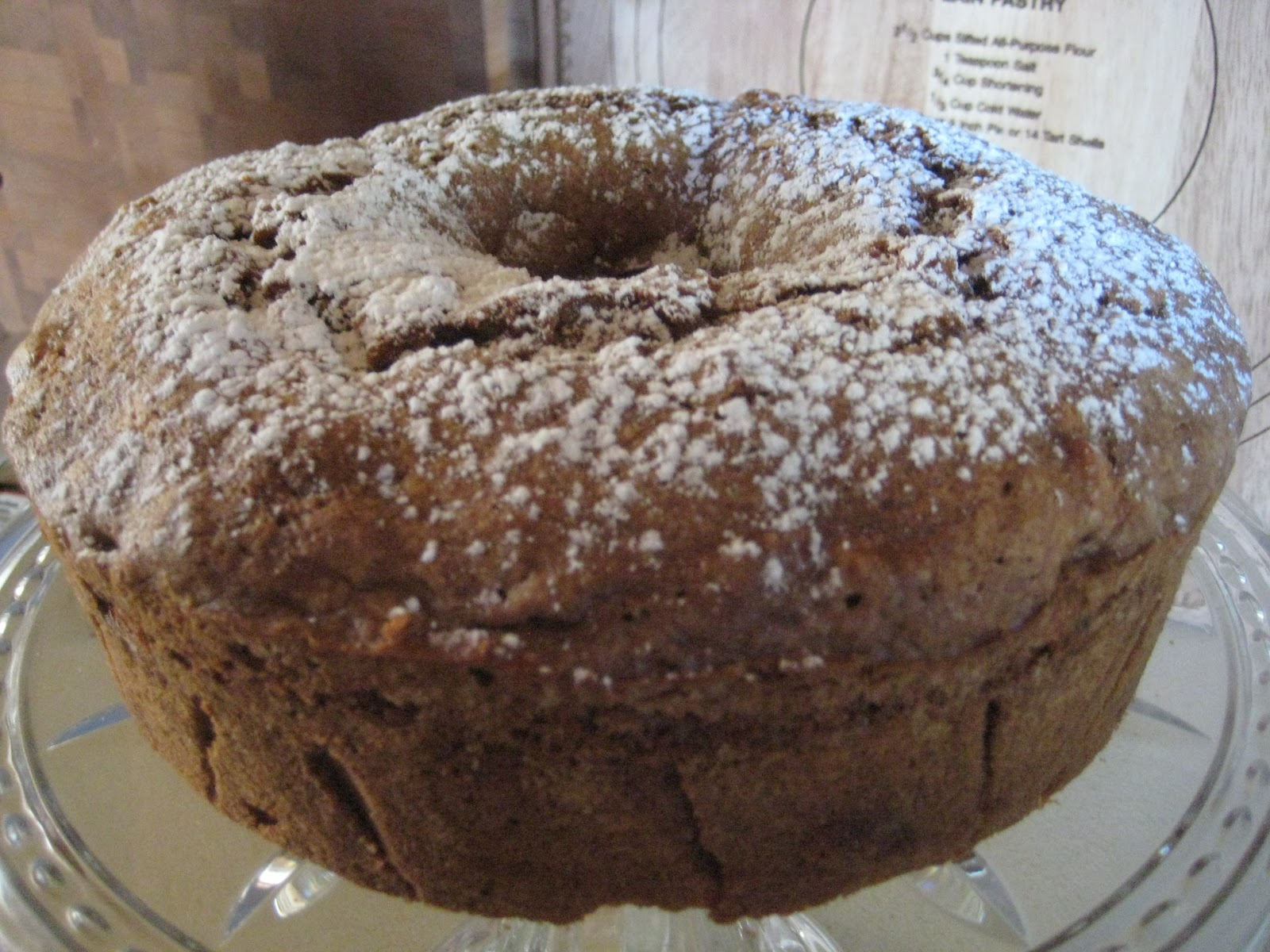 Kitchen Catharsis: Apple Spice Cake