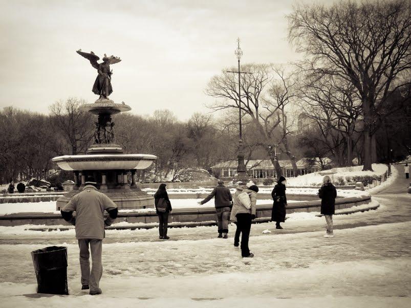 bethesda fountain central park nyc. Central Park en Hiver - The