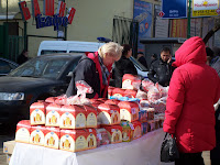 You can buy Kulich at any corner!
