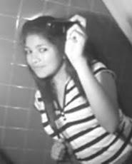 -Lauu Rojas ♥