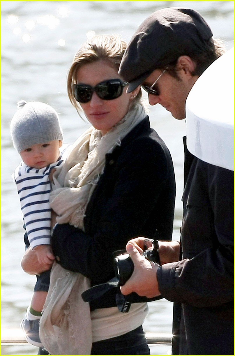 LalalandTeen: Gisele Bundchen & Tom Brady: Paseo en bote :)