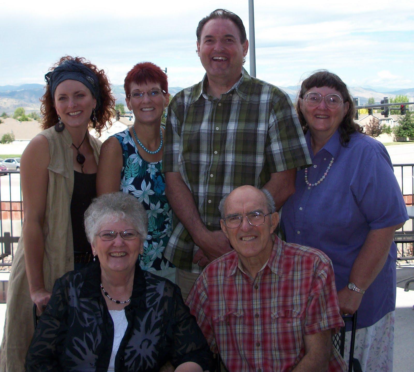 Clinton & Adelia Detweiler Reunion 2010: Family
