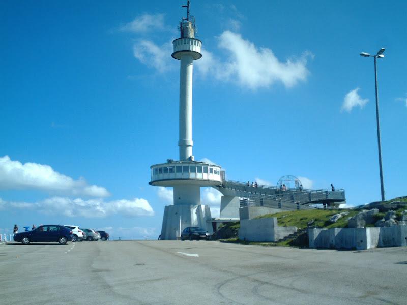 Monumento al Indiano en Peña Cabarga