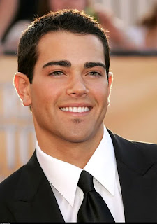 Men Haircuts Pictures 2010 presents Jesse Metcalfe Best Men Short Hairstyles 2010