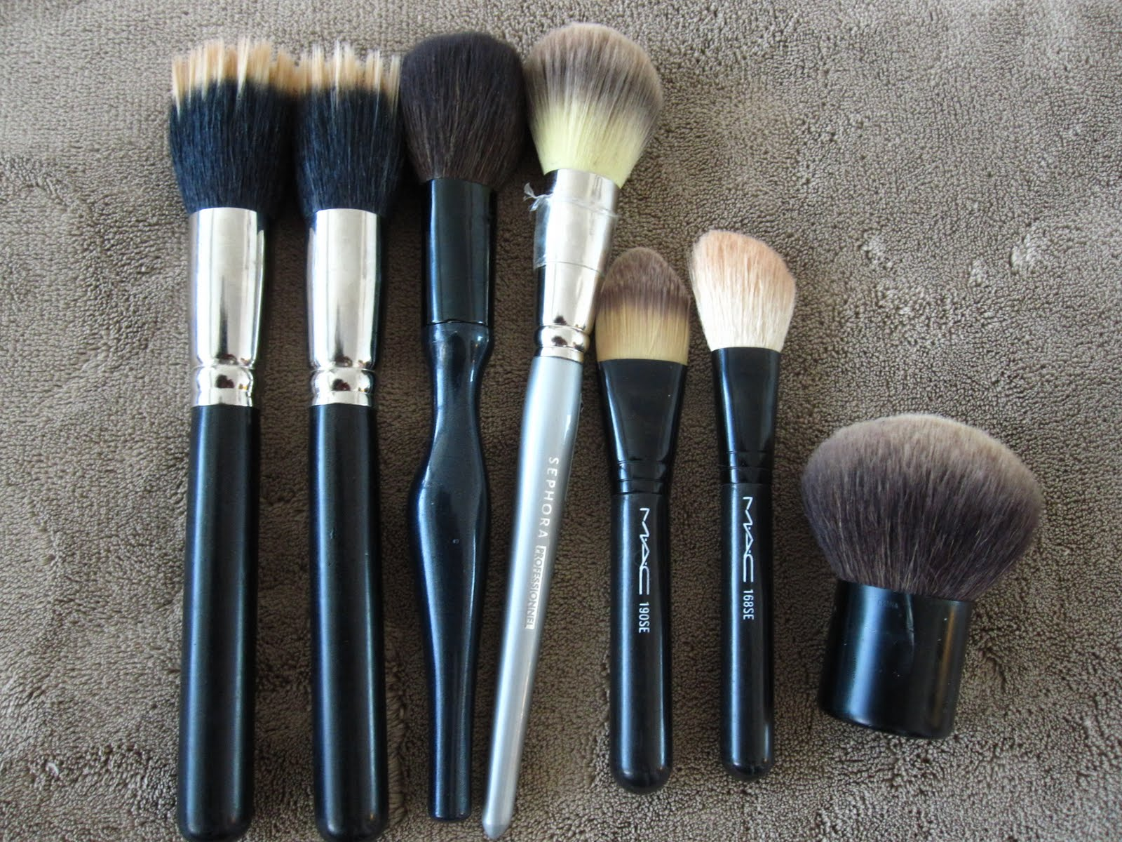 mac brush 217 se how to use