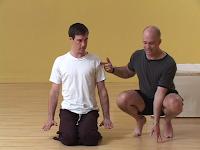 Bras cours et pratique des asanas