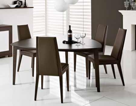 Mesas de comedor triangulares decorando mejor for Comedor triangular