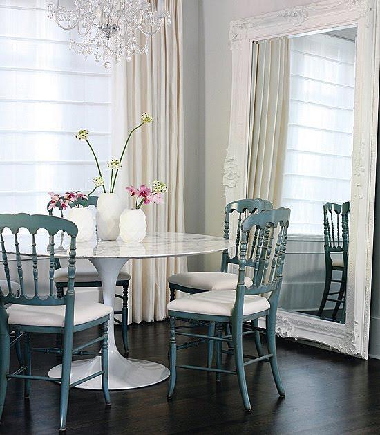 Pequeño Comedor Casa Modern-classic-home-interior-2