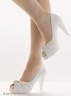 Clara Rosa shose 2011 novias-bridal-shoes-2.jpg