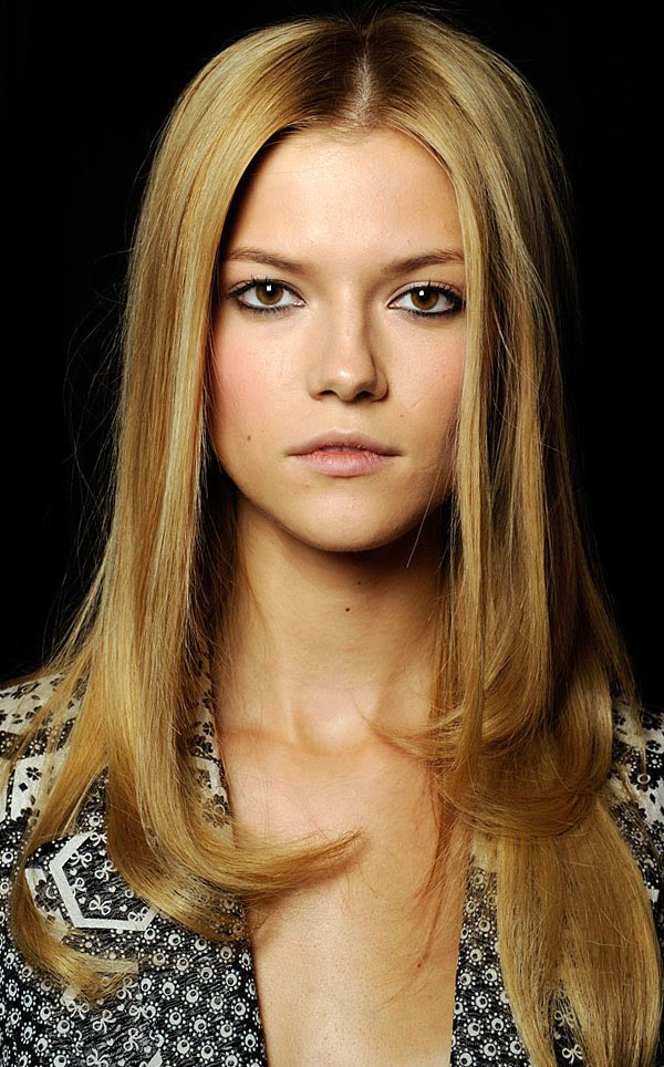 Long Center Part Hairstyles, Long Hairstyle 2011, Hairstyle 2011, New Long Hairstyle 2011, Celebrity Long Hairstyles 2131