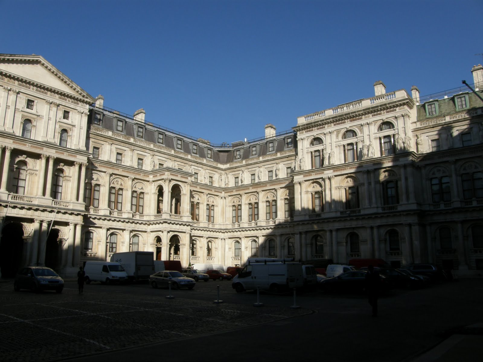 Arvind 39 s world visiting foreign commonwealth office - British foreign commonwealth office ...