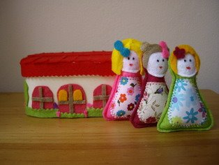 Box with dolls (Sold)