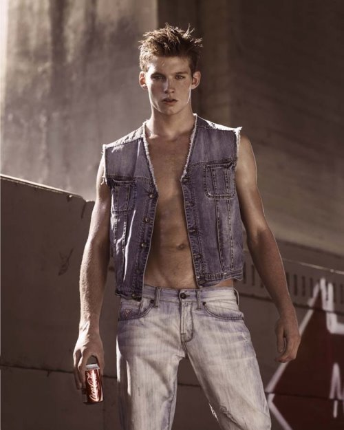 Hot Guys in Jeans