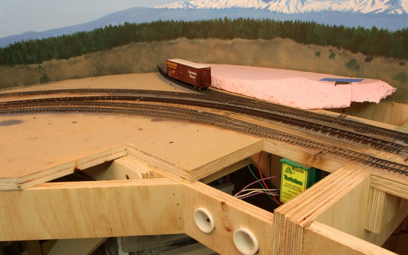 HO Scale Logging Shelf Layouts http://www.the-gauge.net/forum/viewtopic.php?f=46&t=3090&start=60