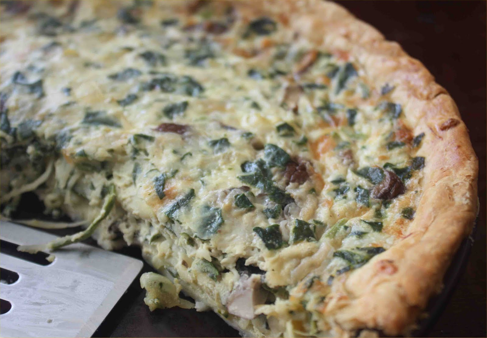 ... and Jen Dish: MEATLESS MONDAY - Spinach Artichoke Mushroom Quiche